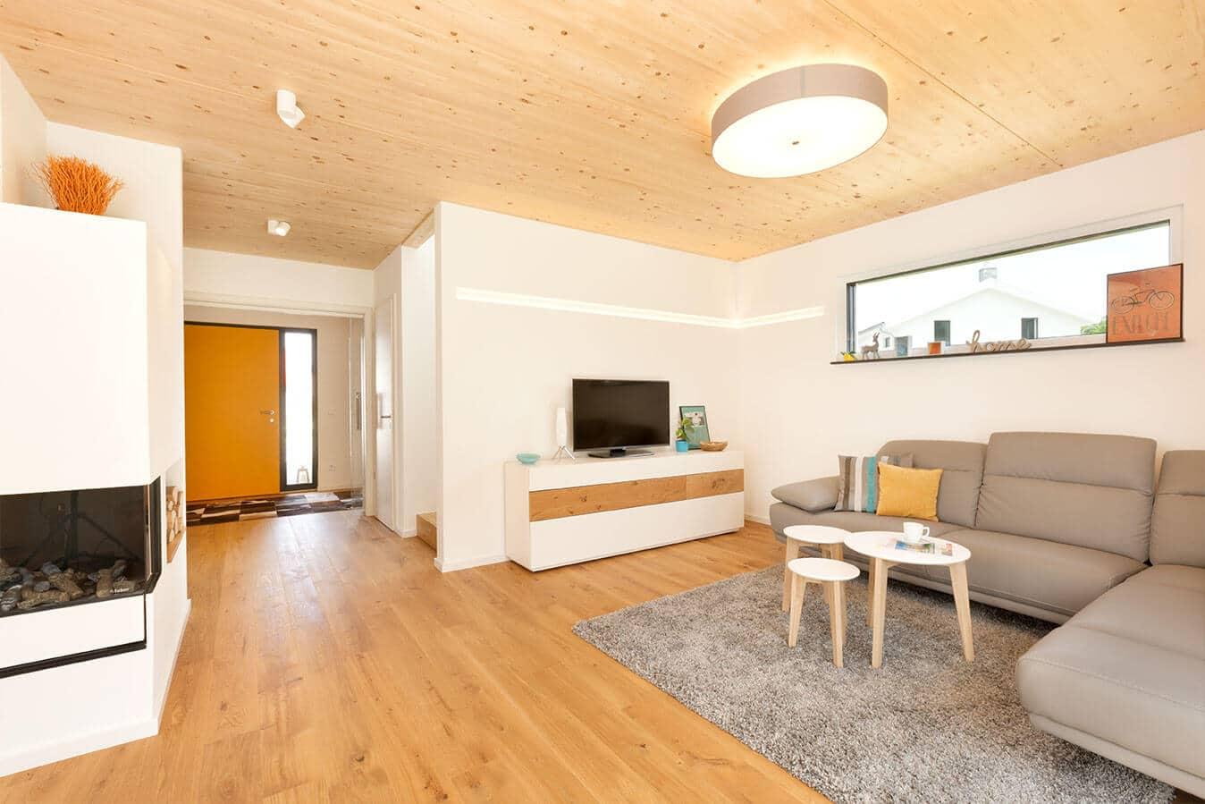 Musterhaus Günzburg - Wohnzimmer mit Kamin