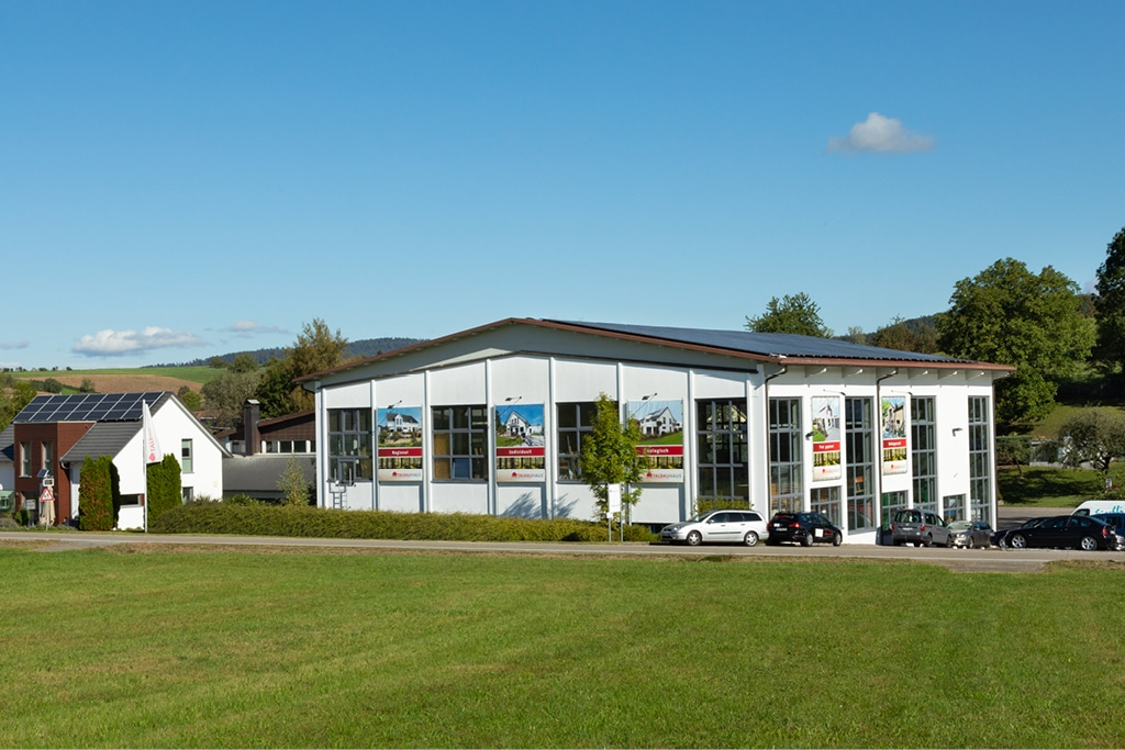 TALBAU-Haus Firmengebäude Anfahrt Kontakt Firma Weissach im Tal Oberweissac